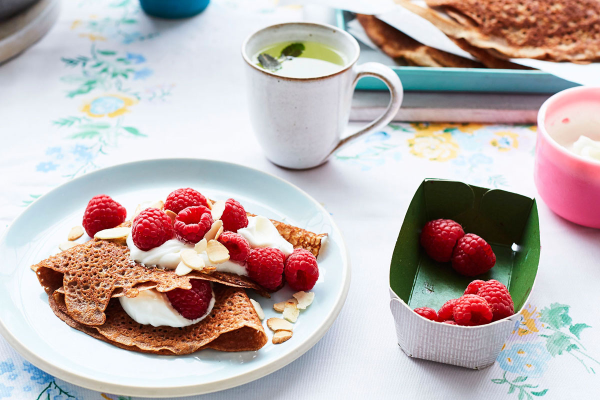 Teff and sesame pancakes © Laura Edwards