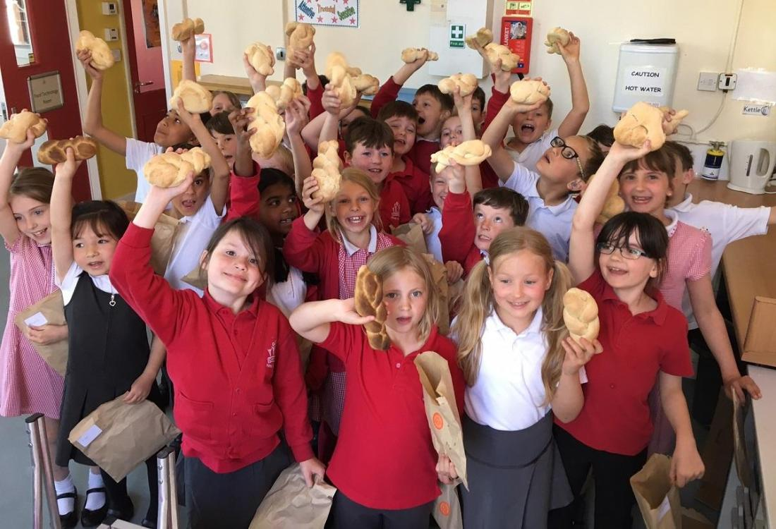 Real Bread Week 2017 at Cirencester Primary © Marianne Bradley of One Mile Bakery Cirencester