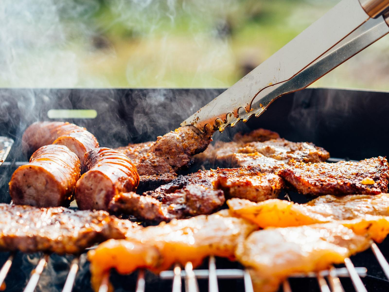 Red meat on a BBQ by Republia at Pixabay