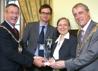 Sustain staff Alex Jackson and Kath Dalmeny being presented with the 2011 CIEH President's Award