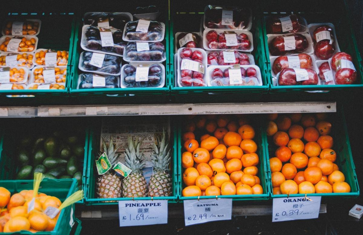 Fruit on shelves. Photo credit: Pexels