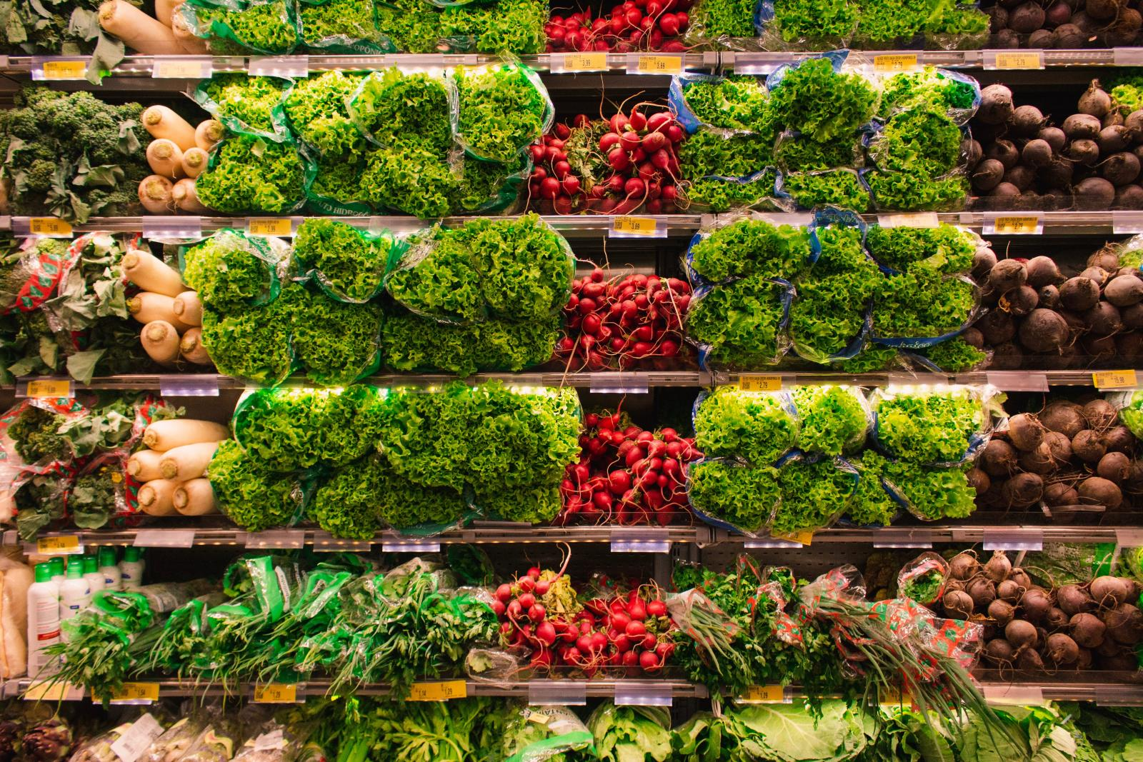 Vegetables on shelves. Photo credit: Pexels