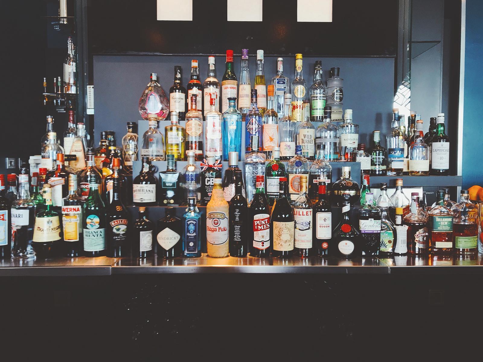 Range of bar drinks. Photo credit: Oleg Magni pexels.com