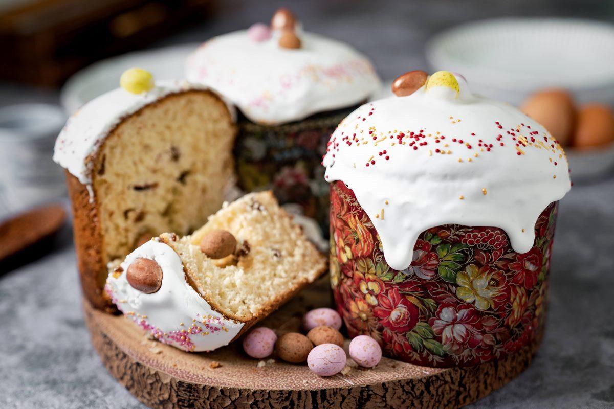 Kulich © Karaway Bakery