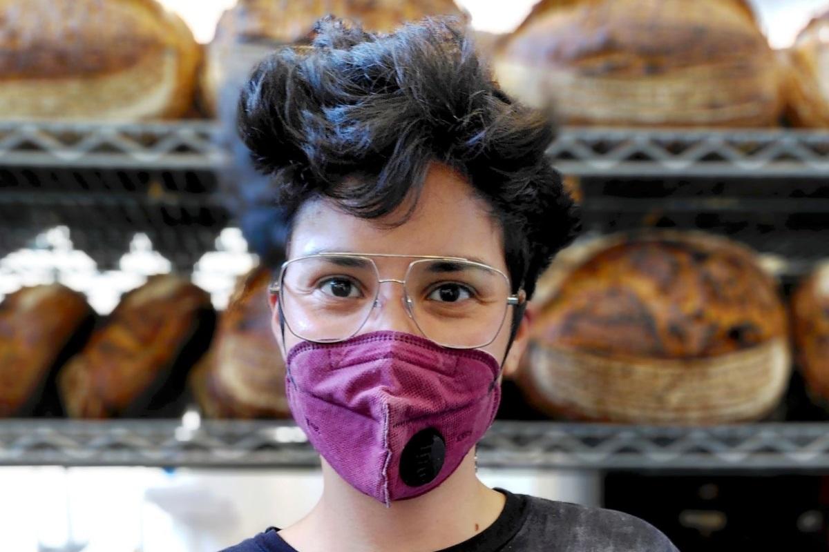 Little Bread Pedlar head baker Cindy Zurias © Fran Bernhardt