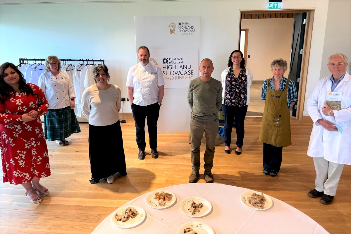 The judges with Wendy Barrie and Andrew Whitley © Douglas Scott