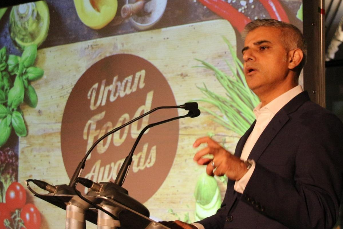 Mayor of London Sadiq Khan opening the Urban Food Awards 2016. Chris Young / www.thejelliedeel.org CC-BY-SA 4.0